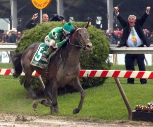 Exagerrator upsets Nyquist to win the 141st running of the Preakness Stakes