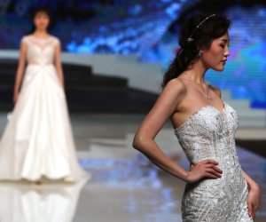 In photos: Ren Chunhua show at China Fashion Week