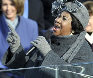 Tributes pour in for Aretha Franklin at star-studded funeral