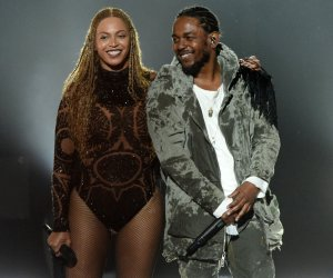"""<img src=""""/img/camera.png"""" style=""""padding: 5px 5px 0 0; display: inline;"""">On stage performances at the 2016 BET Awards in Los Angeles"""