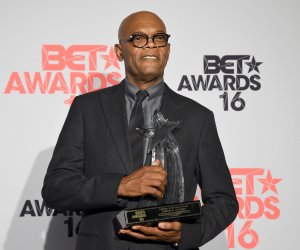 """<img src=""""/img/camera.png"""" style=""""padding: 5px 5px 0 0; display: inline;"""">Backstage at the 2016 BET Awards in Los Angeles"""