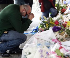 Memorials for NYPD police officers killed in New York