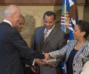 Loretta Lynch is sworn in as Attorney General