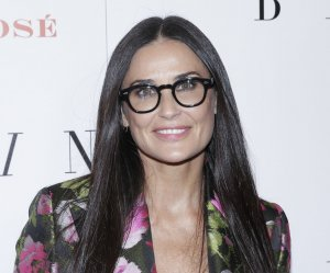 "<img src=""/img/camera.png"" style=""padding: 5px 5px 0 0; display: inline;"">Demi Moore, Alec Baldwin attend 'Blind' premiere in New York"