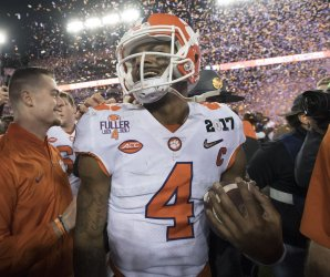 Clemson beats Alabama to win 2017 CFP National Championship game