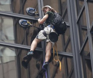 Daredevil climber tries to scale Trump Tower in New York City