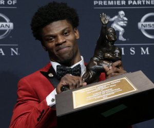 Louisville QB Lamar Jackson is youngest ever to win Heisman