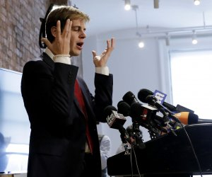 "<img src=""/img/camera.png"" style=""padding: 5px 5px 0 0; display: inline;"">Breitbart's Milo Yiannopoulos announces his resignation"