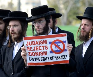 Ultra Orthodox Jews protest Netanyahu congress speech