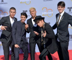 """<img src=""""/img/camera.png"""" style=""""padding: 5px 5px 0 0; display: inline;"""">Billboard Latin Music Awards red carpet arrivals"""