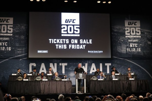 Ufc 205 press event at madison square garden all photos - Madison square garden event schedule ...