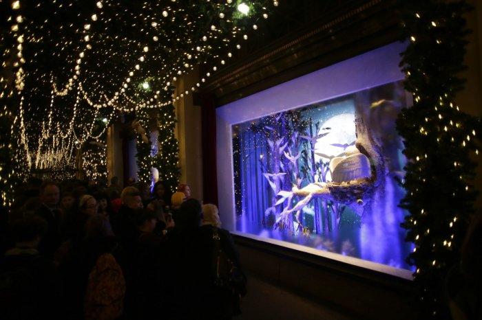 Lord & Taylor NYC 2016 Holiday Windows