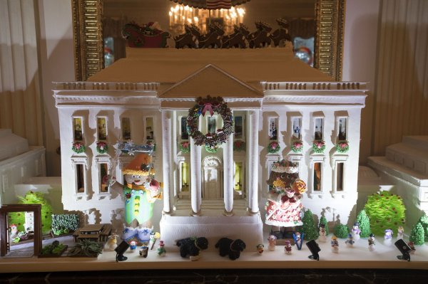 The White House Gingerbread House Is Seen In The State Dining Room During A Holiday Tour At The White House In Washington D C On November 29 2016