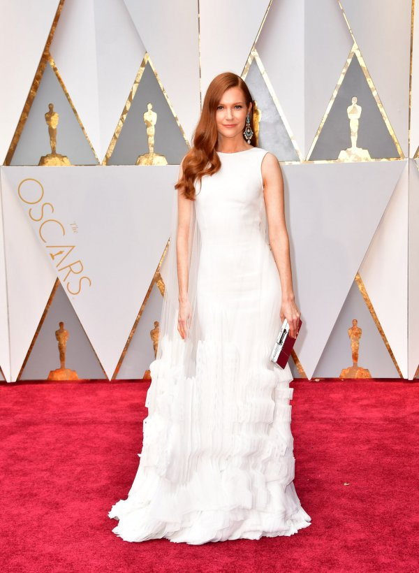 Stars shine in white at 89th annual Academy Awards - All Photos ...