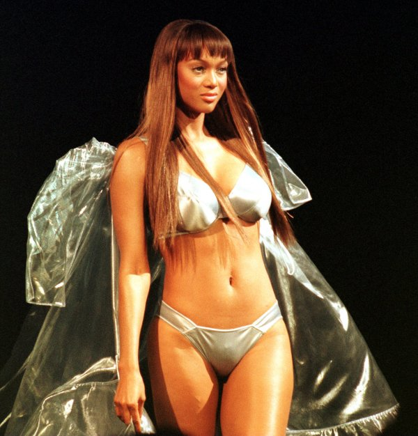 Tyra Banks On The Runway: In Photos: Tyra Banks Through The Years