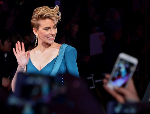 In photos: Scarlett Johansson premieres 'Ghost in the ...