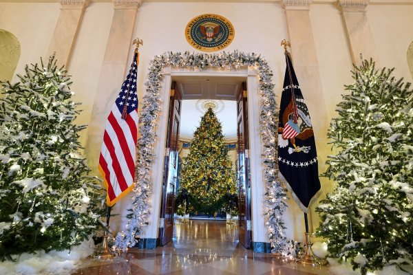 In Photos White House Holiday Decorations Unveiled