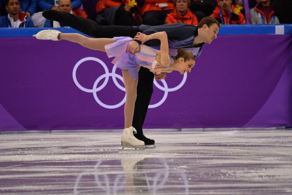 knierim single women Alexa and chris knierim, pair skaters who are the first married couple competing at the olympics since 1998, come from close and loving families the two began skating together in 2012, and they soon started dating, marrying in 2016 they do not have children, although they do have four pets as the .