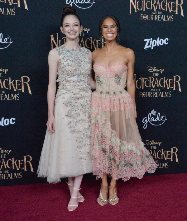 A Nutcracker Christmas Cast.In Photos Misty Copeland Mackenzie Foy Attend The