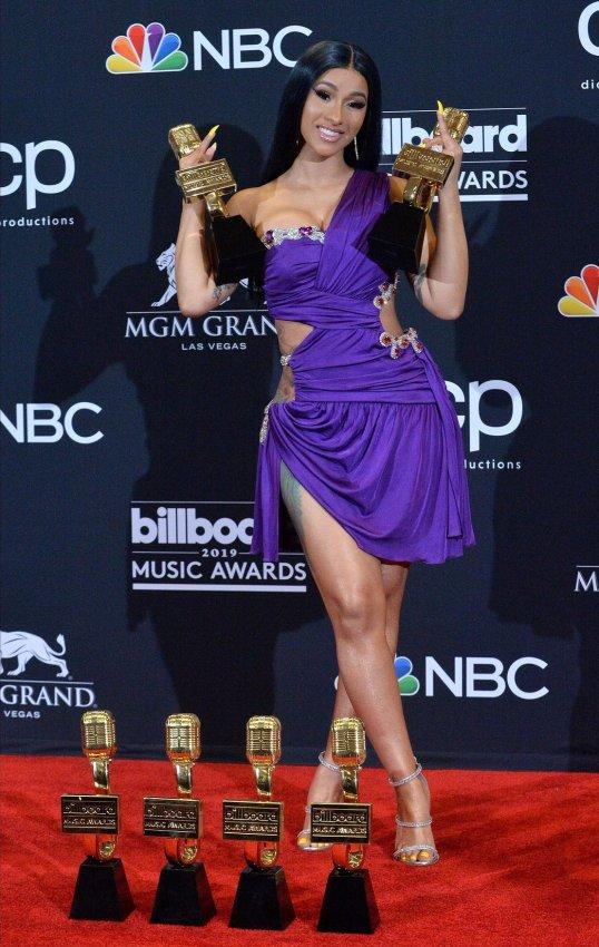Drake, Cardi B win at the Billboard Music Awards - All