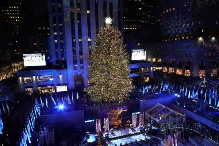 In photos: 2019 Rockefeller Christmas tree lighting - All Photos - UPI.com