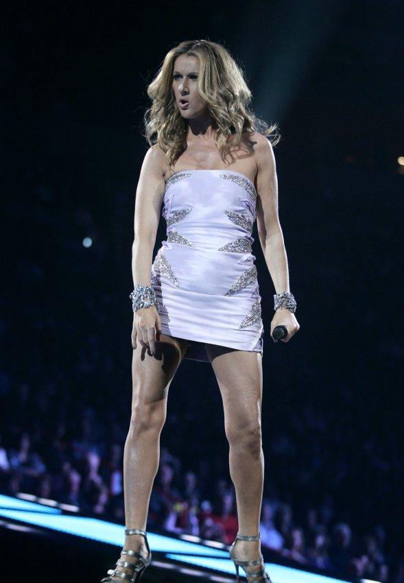 Celine Dion Performs Upi Com