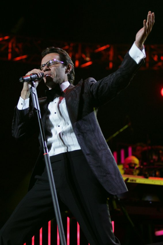 Marc Anthony Performance