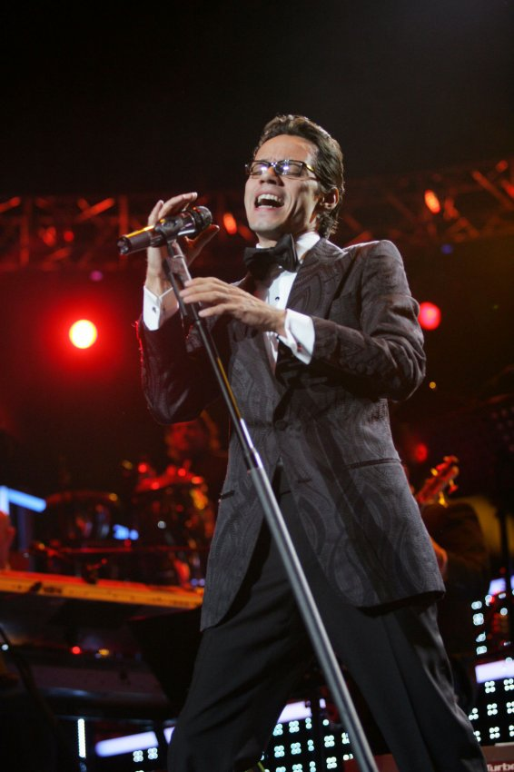 Marc anthony performance all photos - Marc anthony madison square garden ...