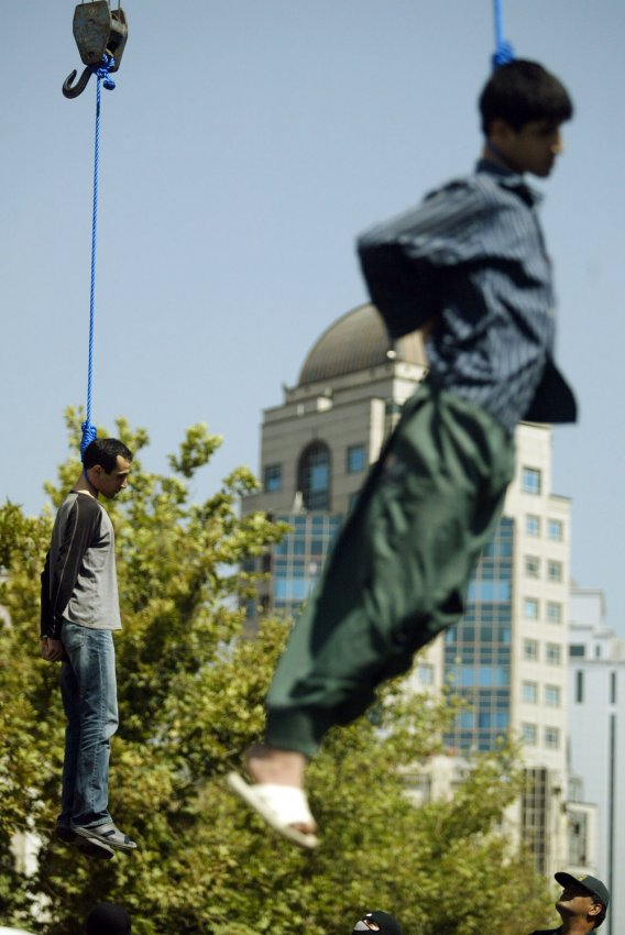 IRAN HANGED TWO MURDERED IN PUBLIC IN TEHRAN.