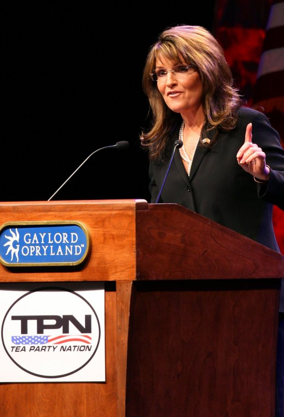 Palin addresses the Tea Party