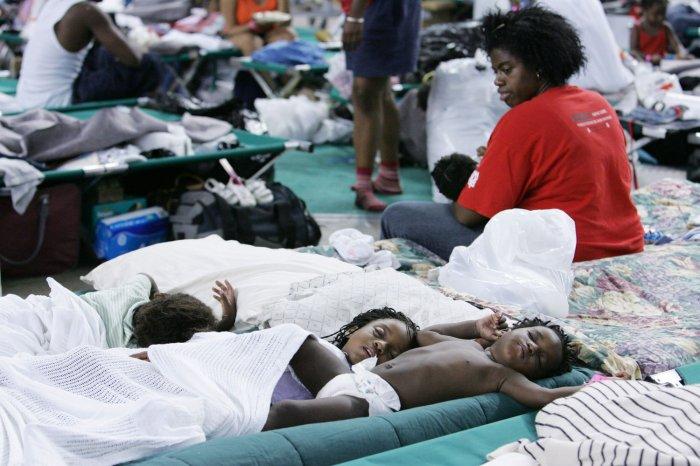 hurricane katrina victims - 1000×666