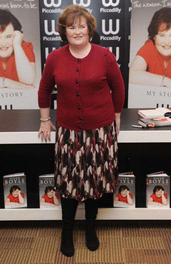 Susan Boyle Book Signing In London All Photos Upi Com