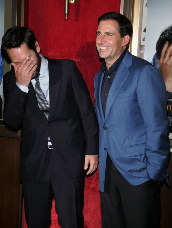 "Paul Rudd and Steve Carell arrive for the ""Dinner For Schmucks"" Premiere in New York"