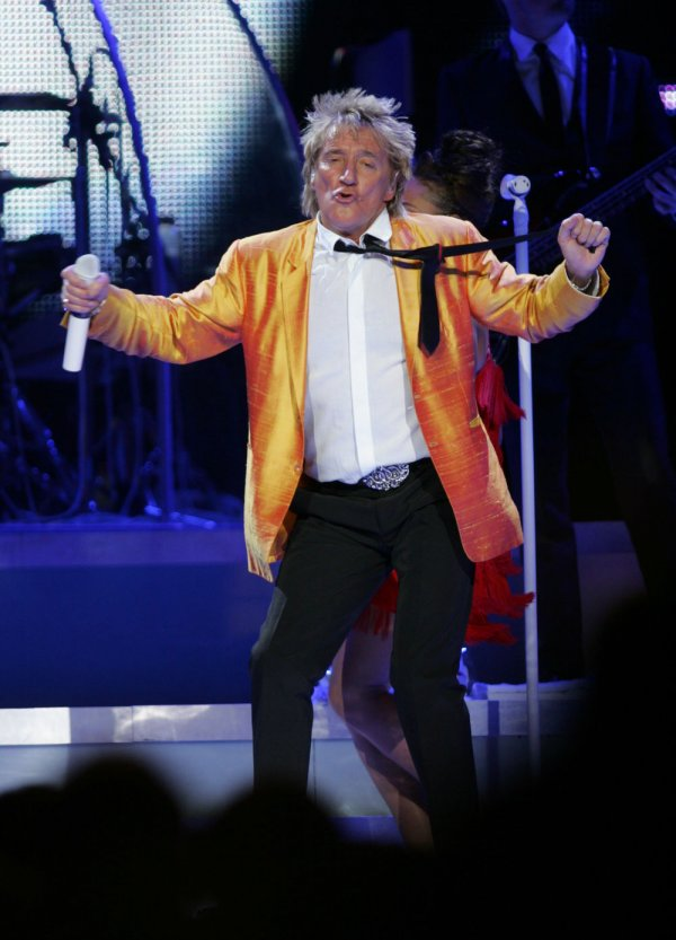 Madison Square Garden: Rod Stewart And Stevie Nicks Perform In New York