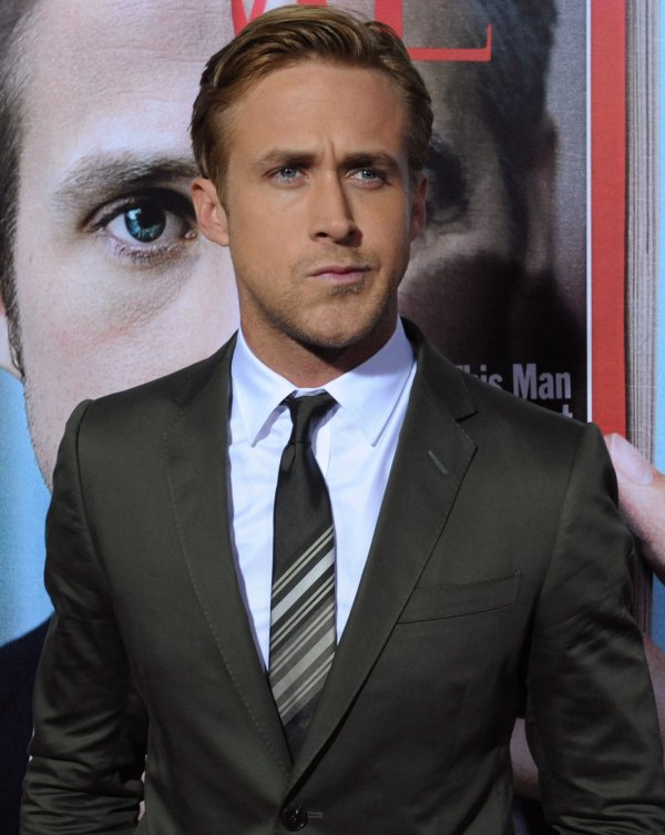 "Ryan Gosling attends ""The Ides of March"" premiere in Beverly Hills, California"