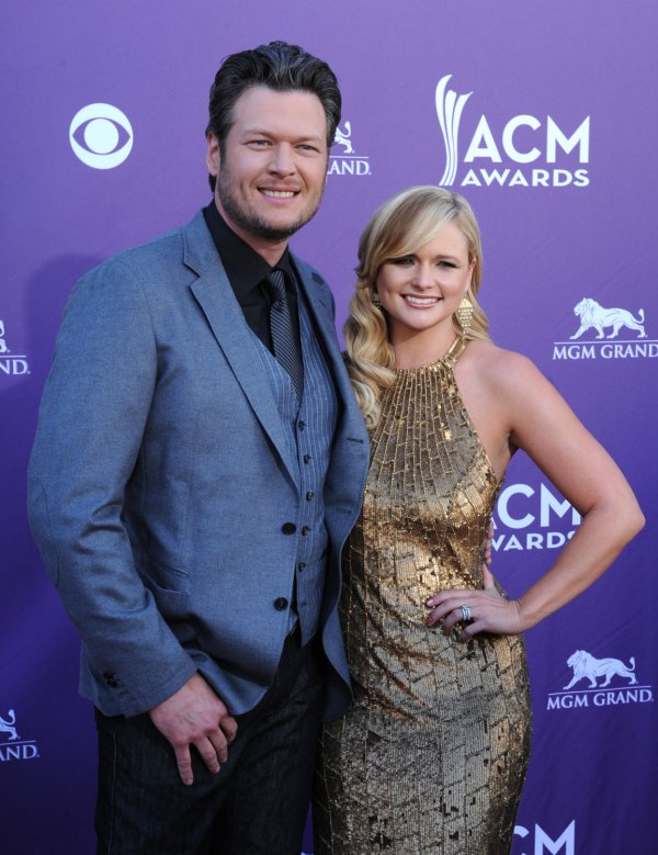 (L-R) Recording artists Blake Shelton and Miranda Lambert arrive at the Academy of Country Music Awards in Las Vegas