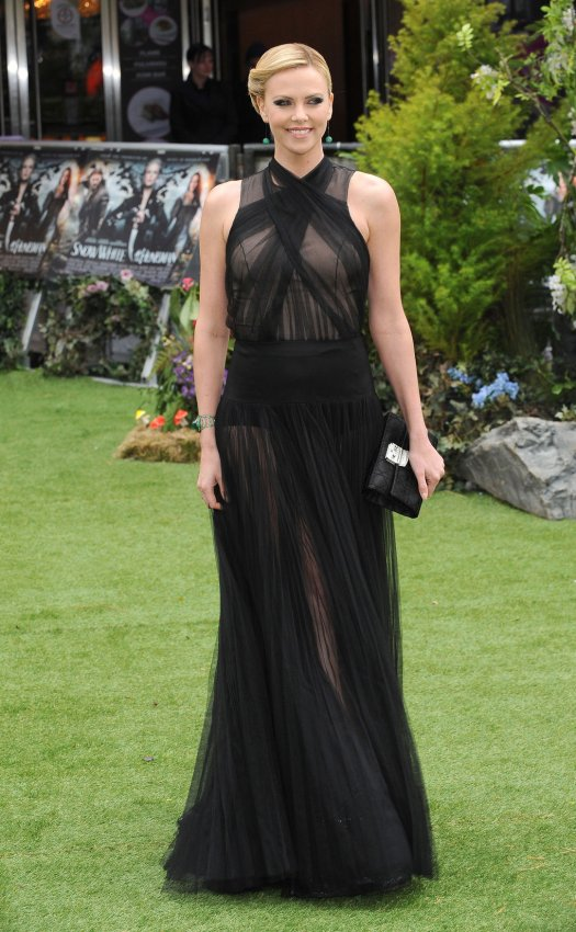 "Charlize Theron attends the World premiere of ""Snow White And The Huntsman"" in London."