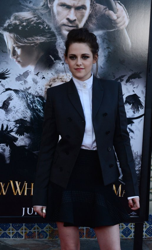 "Kristen Stewart attends a screening of ""Snow White and the Huntsman"" in Los Angeles"