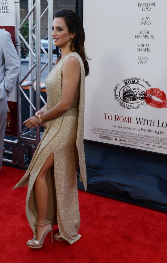 "Penelope Cruz attends the ""To Rome With Love"" premiere in Los Angeles"