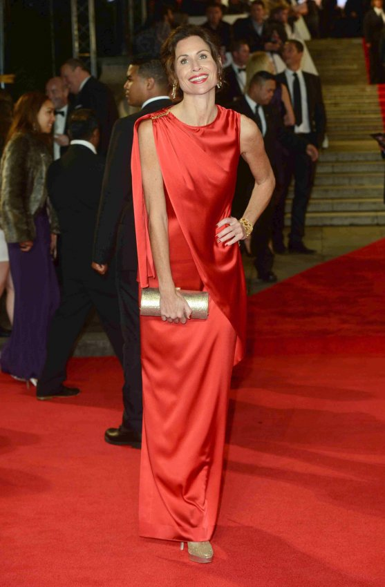"Minnie Driver attends The Royal World Premiere of ""Skyfall"" in London"