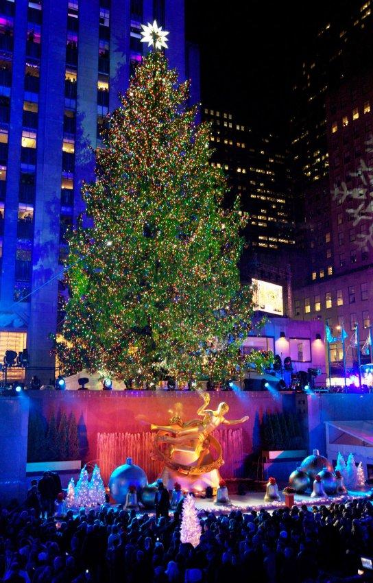 The Rockefeller Center Christmas Tree Lighting Ceremony - All Photos - UPI.com