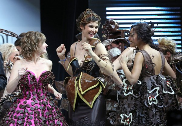Chocolate Fashion Show In Paris All Photos Upi Com