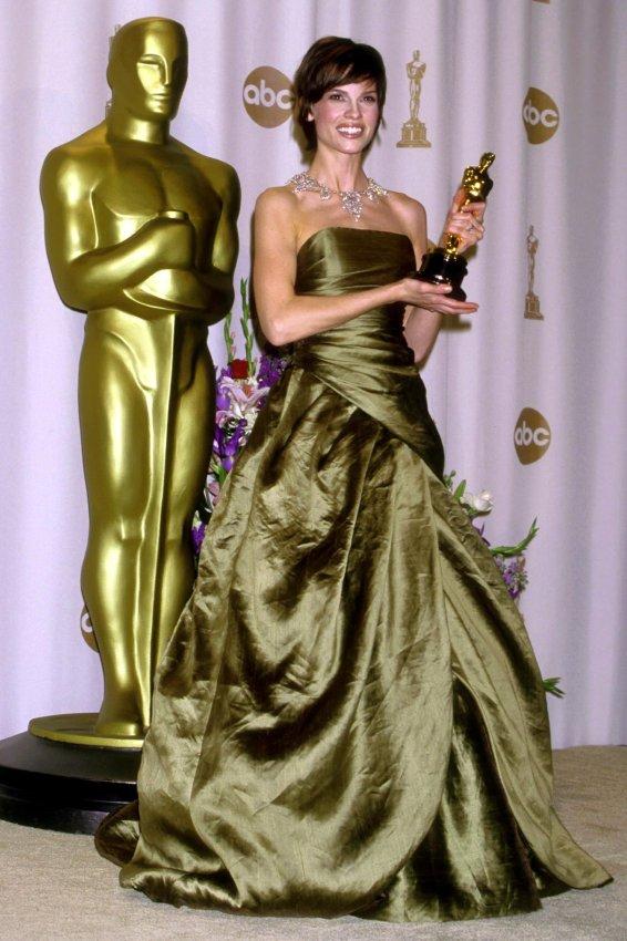 2000: Hilary Swank