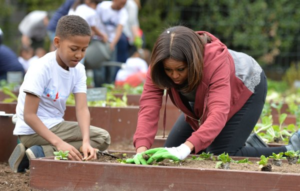 Michelle Obama White House Garden Video