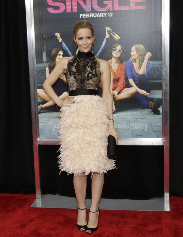 Leslie Mann Arrives On The Red Carpet At The New York Premiere Of
