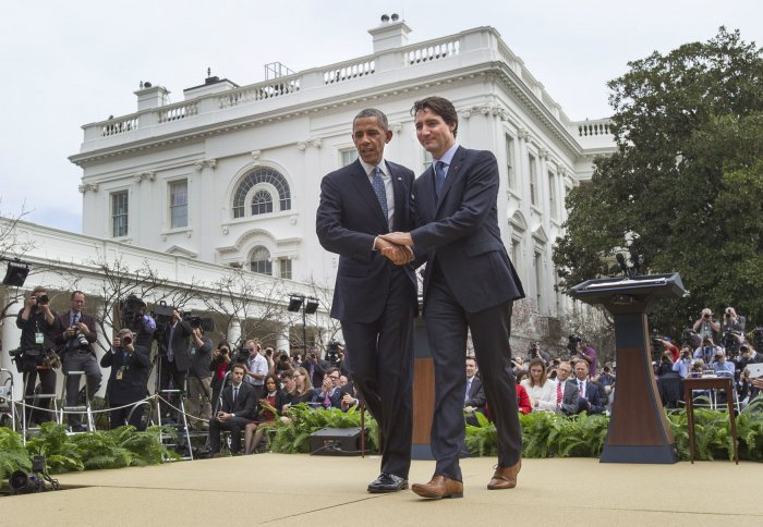 Barack Obama, Justin Trudeau in the White House Rose ...