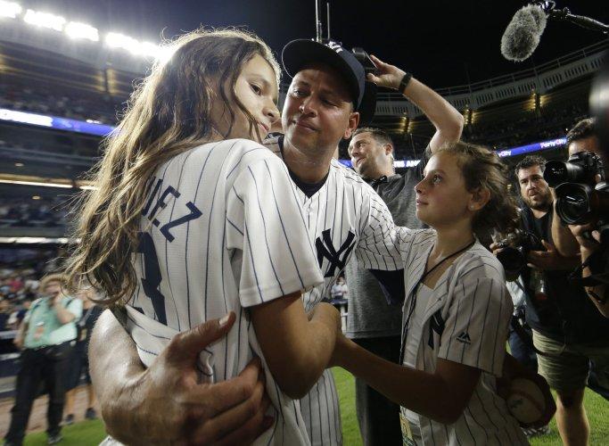 Alex Rodriguez ends New York Yankees career on winning note