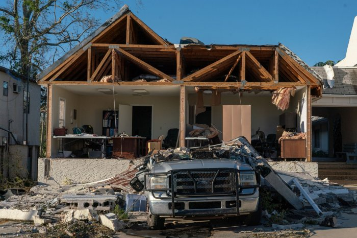 Hurricane Michael Death Toll Up To 13 More Than 1 3m With