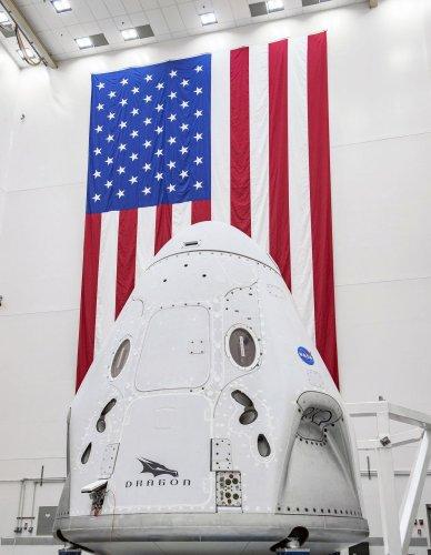 https://cdnph.upi.com/collection/ph/upi/12434/3e25717912ca237b84e2e88148542f8f/Astronauts-poised-to-return-to-space-from-US-soil_26_1.jpg