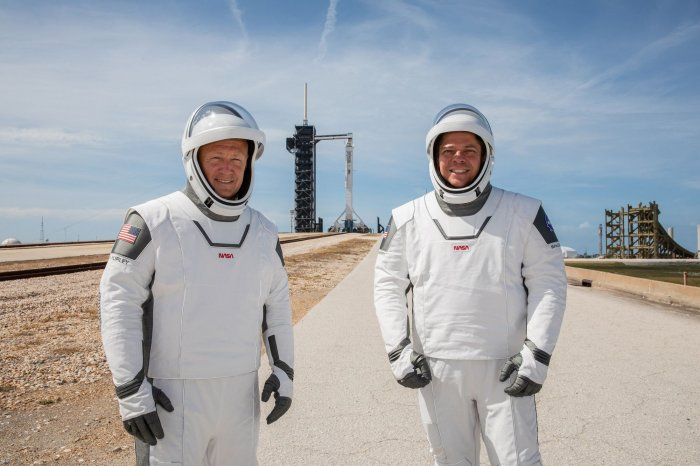 https://cdnph.upi.com/collection/ph/upi/12434/43bcea89142b213bb5518ee9d8d6c4fa/Astronauts-poised-to-return-to-space-from-US-soil_11_1.jpg